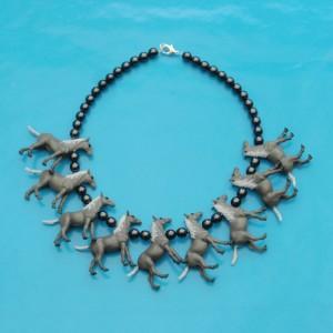 necklace horse grey 72