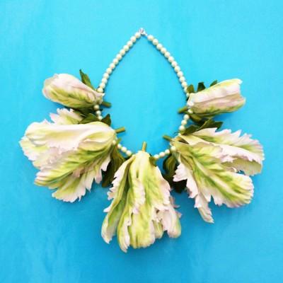 necklace silk tulips white 72