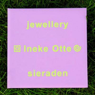 book jewellery purple 20x20 72