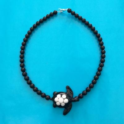 necklace glass turtle black 72
