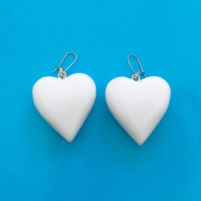 earring wood heart white large 72
