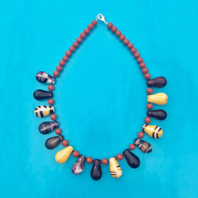 necklace glass drop brown yellow 72
