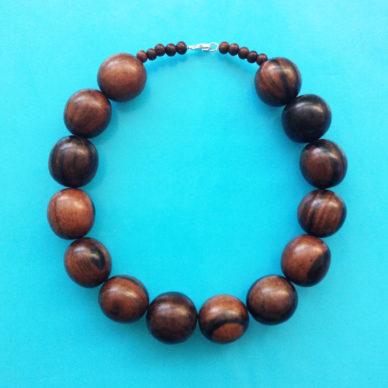 necklace wood ball darkbrown 72
