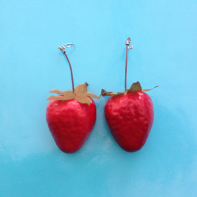earring fruit strawberry 1 72