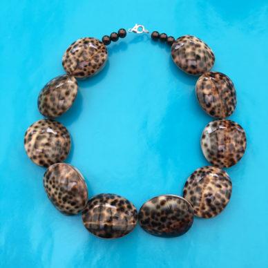 necklace tijgerschelp 72