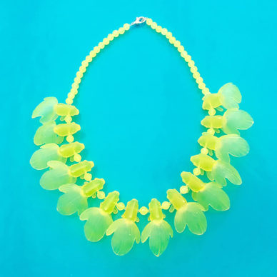 necklace fish yellow 72