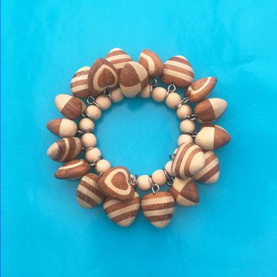 bracelet wood heart browncreme 72