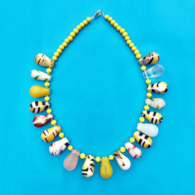 necklace glass drop yellow mix 72