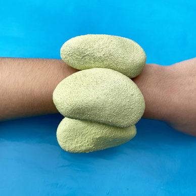 bracelet stones arm 72